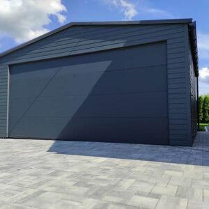 Garaż blaszany z bramą segmentową 6,0m x 5,8m